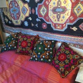Hendrix bed